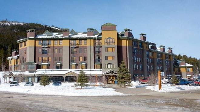 vintage-resort-hotel-winterpark-usa-colorado